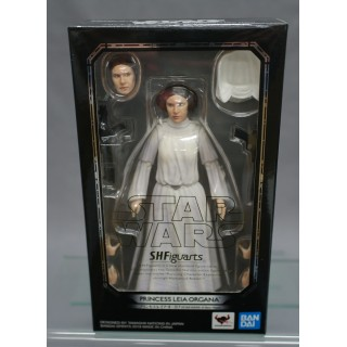 SH S.H. Figuarts Star Wars Princess Leia Organa (A New Hope) Bandai